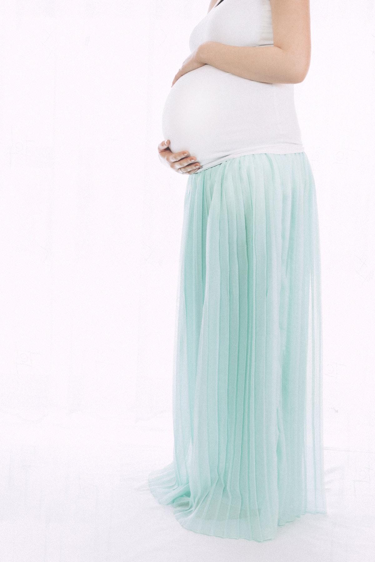 Få foreviget din graviditet med et smukt portræt Aarhus